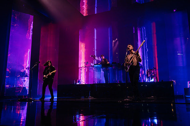 The xx、本日よりスタートする来日ツアー会場にて販売されるオフィシャル・グッズ公開
