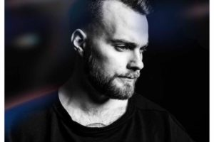 Ásgeir、ドイツの天才ピアニスト・Niklas Paschburgによる最新シングル「I Know You Know」のリワーク音源を本日リリース
