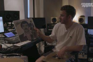 ランダムに選んだレコードからあっという間に名曲が完成 底知れぬ才能を見せるTom Mischが人気動画企画「Rhythm Roulette」に登場