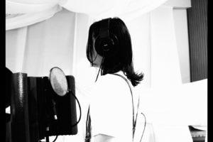 Nozomi Nobody、下北沢の教会で一発録りした初のデジタルシングル『生活』『ホタル』を本日2曲同時リリース レコーディング風景を収めたMV公開