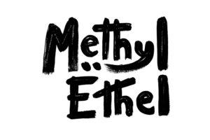 サイケデリック・ポップ・バンド、Mrthyl Ethel(メチル・エチル)、約2年ぶり3枚目となる最新アルバム『Triage』を来年2月にリリース決定!アルバムから新たなシングル、「Real Tight」を本日公開!