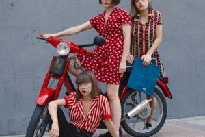 スペインと世界を「ポップ」でつなぎ、軽やかなユーモアを鳴らす3人組がデビュー!甘酸っぱく、パンキッシュなサウンドが堪らなくクセになる、スペイン・マドリード出身の女性3人組インディー・ポップ・バンドCariño(カリーニョ)。日本デビュー・ミニアルバム『Movidas』を1/23リリース!