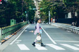 シンガーソングライター・山﨑彩音が、話題のアンティーク着物「Ponia-pon」のワールドワイド・キャラクターに!