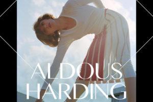 世界が大注目する新世代シンガー・ソングライターAldous Harding(オルダス・ハーディング)。東京1夜限りの初来日公演が決定!