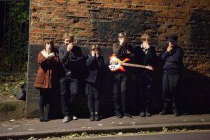 数々のバンドがリスペクトするUKの伝説的なギター・ポップ・バンド、COMET GAIN(コメット・ゲイン)。5年振りとなる通算7枚目のアルバム『FIRERAISERS FOREVER!』がリリース。