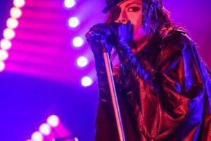 千聖(PENICILLIN)、BIRTHDAY LIVE「ROCK×ROCK」を生配信。心がドキドキ分度器し続けたロックなライブで熱狂を描き出す!!