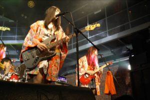 太田家、1stアルバム「愛読者」発売記念をかけ、2Man Battle Live「エア太田まつり対バンスペシャル」を開催。今宵はまさに青春ロックナイト!!