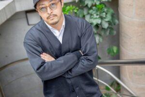 「ヲタルフェス」のオーガナイザーで芸人のヲタル氏。「メジャー進出をめざす王道アイドルグループ」を結成するためにメンバーを大募集。