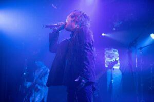 7月22日、東京・池袋EGDEにて、AIOLIN×Rides In ReVellion 2MAN LIVE 「永遠の二重奏~Eternal Violinism~」が開催された