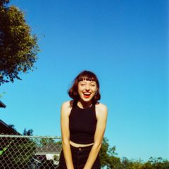 Stella Donnelly ©Pooneh Ghana